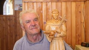 Franciszek Ryłko ze św. Franciszkiem autorstwa Stanisława Mikołajek fot. M. Kudłacik